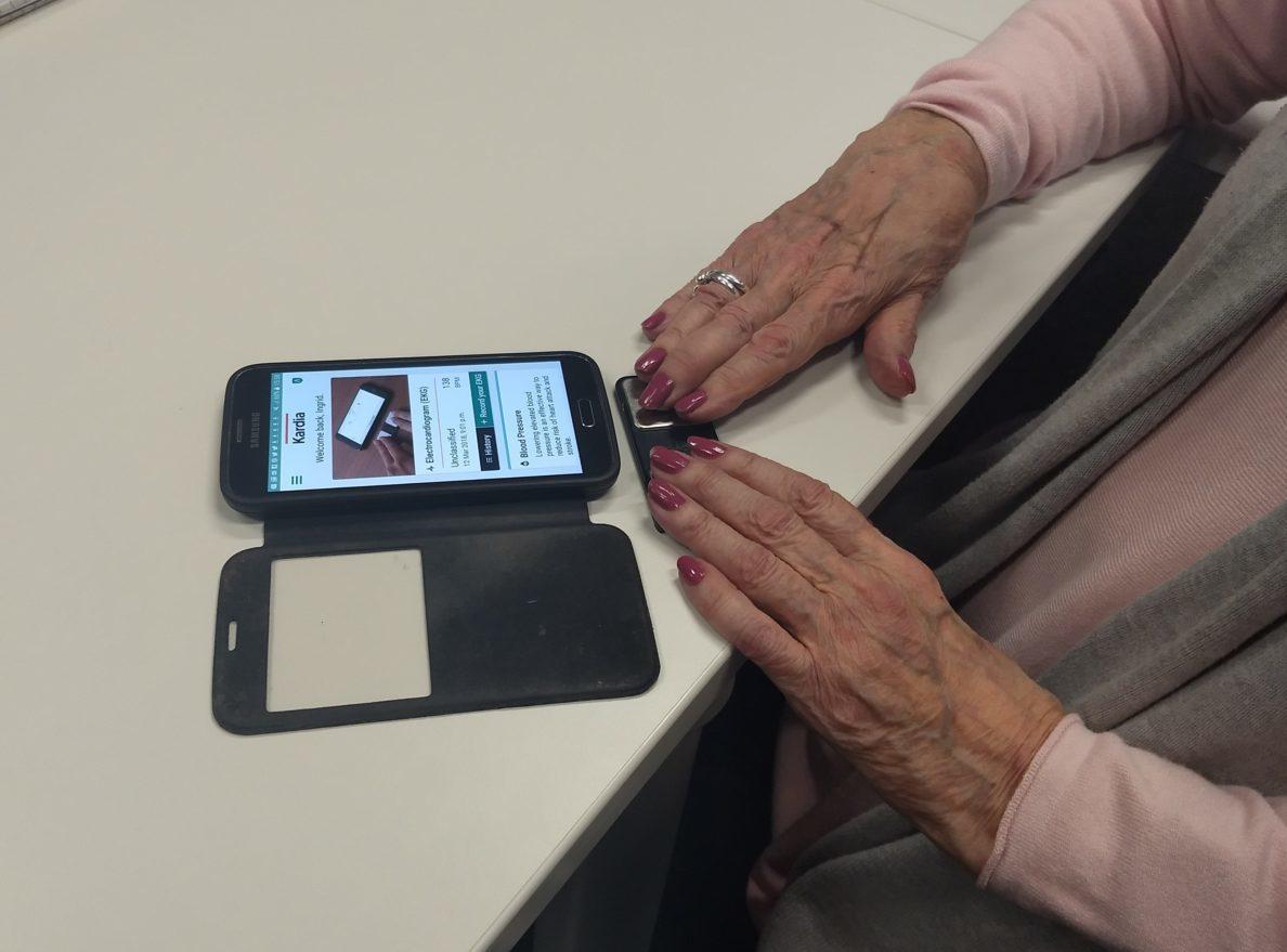 Ingrid Brindle - hands using Manchester AF device