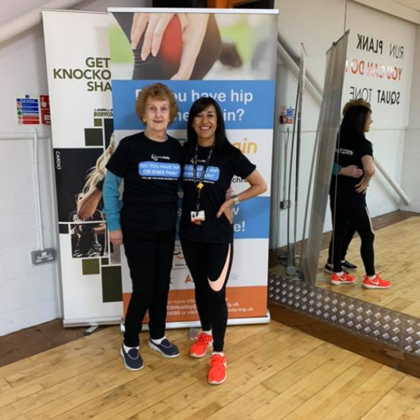 Joan Allard with Everybody lifestyle coach Josie Hurst at an ESCAPE-Pain exercise class